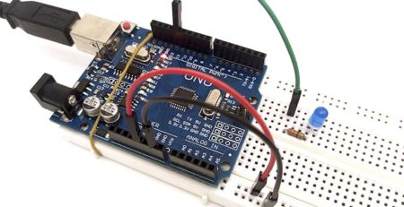 Arduino UNO Protoboard Blink LED